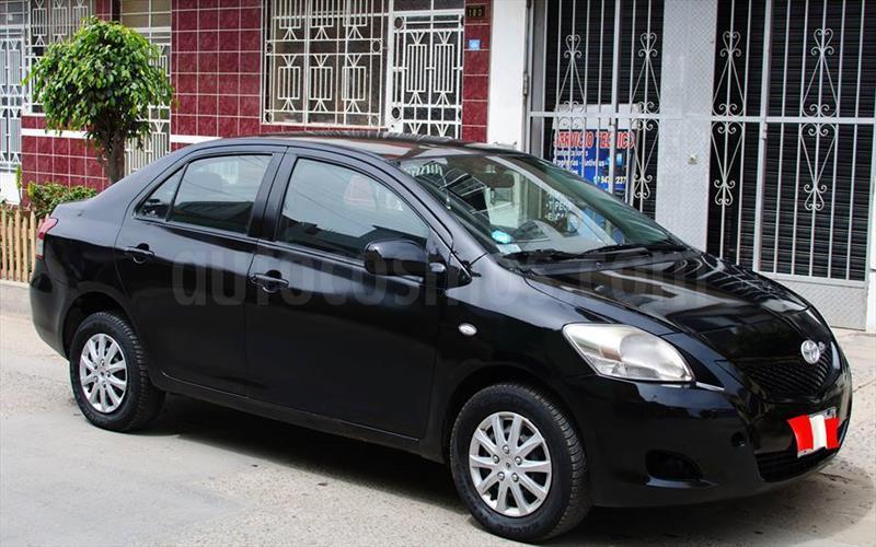 foto Toyota Yaris Sedan XLi 1.3L usado