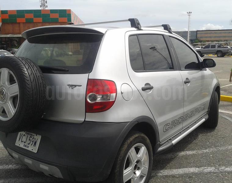 foto Volkswagen Cross Fox 1.6 ltrs usado