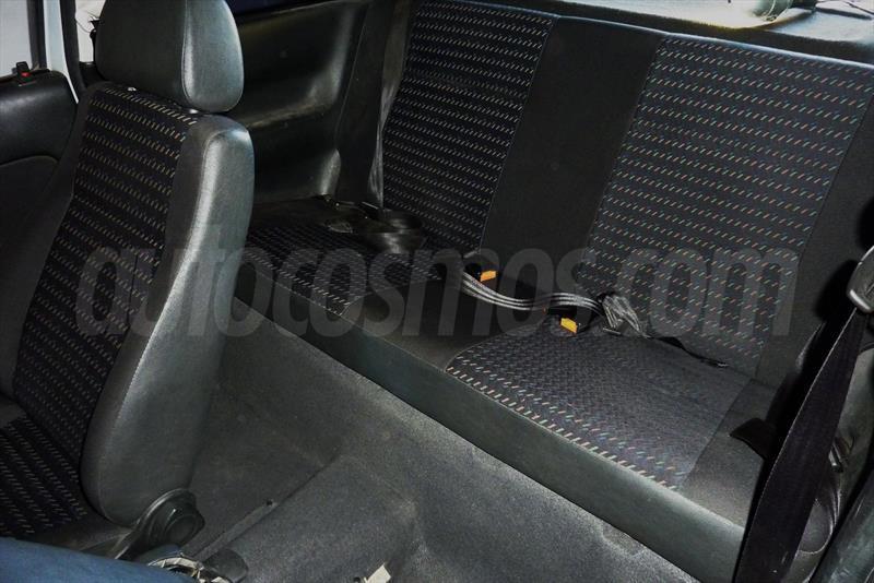 foto Volkswagen Gol 3P 1.6 Power Usado