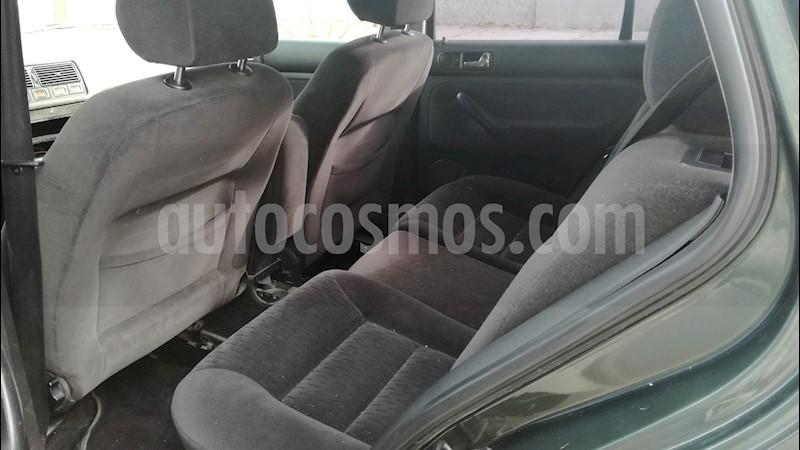 foto Volkswagen Golf 5P 1.6 Comfortline usado