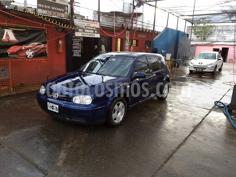 foto Volkswagen Golf 5P 2.0 Highline usado