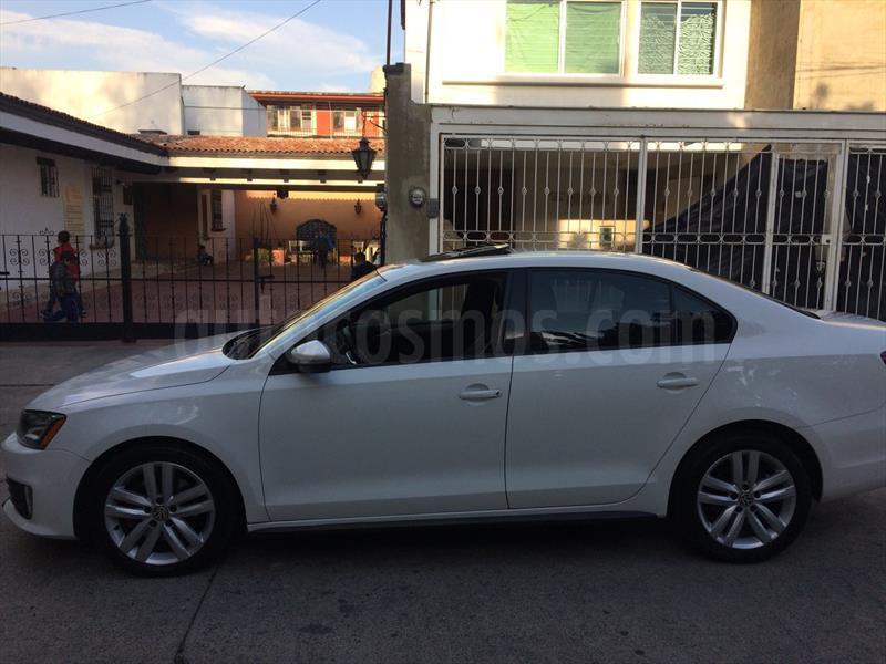 foto Volkswagen Jetta GLI 2.0T DSG Seminuevo