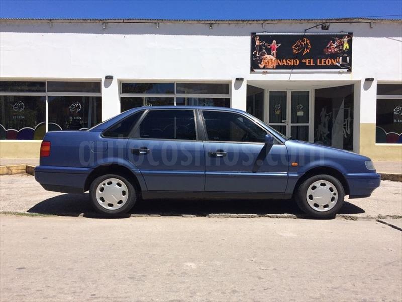 foto Volkswagen Passat 1.9 TDi usado