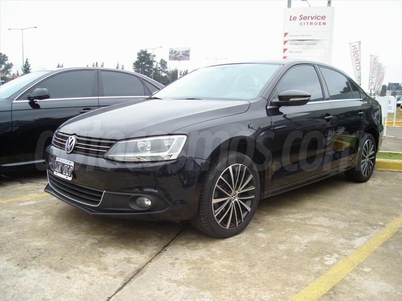 foto Volkswagen Vento 2.0 T FSI Sportline Aut