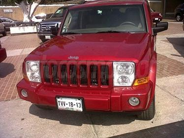 Foto Jeep Commander 4.7L 4x2