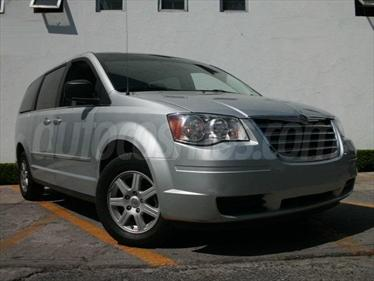 Foto Chrysler Town and Country LX 4.0L