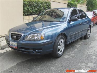 Foto venta carro usado Hyundai Elantra GL 1.6L Aut (2010) color Azul Oscuro precio BoF200.000