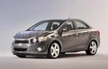 Foto Chevrolet Sonic Paq B