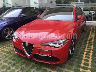 Foto venta Auto Seminuevo Alfa Romeo Giulia TI (2017) color Rojo Alfa precio $795,500