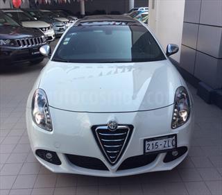 foto Alfa Romeo Giulietta Quadrifoglio Verde Piel