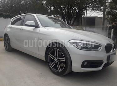 Foto venta Auto Usado BMW Serie 1 120i Sport Line 5P (2017) color Blanco precio u$s34.900