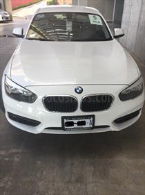 Foto venta Auto Seminuevo BMW Serie 1 5P 118iA Urban Line (2016) color Blanco Alpine precio $311,000