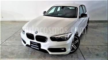 Foto venta Auto Usado BMW Serie 1 5P 118iA (2018) color Blanco Mineral precio $432,000