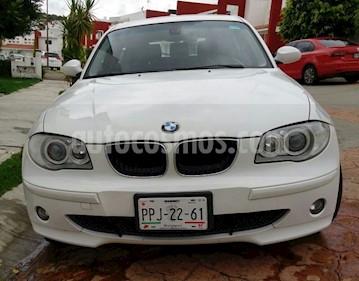 Foto venta Auto Seminuevo BMW Serie 1 5P 120i Style (2007) color Blanco precio $115,000