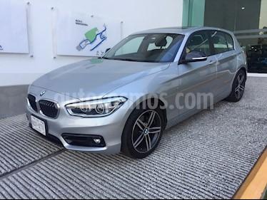 Foto venta Auto Seminuevo BMW Serie 1 5P 120iA Sport Line (2018) color Plata Hielo precio $398,500