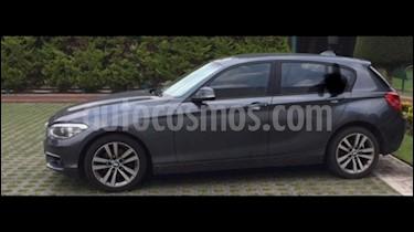 Foto venta Auto Seminuevo BMW Serie 1 5P 120iA Urban Line (2016) color Gris Mineral precio $300,000