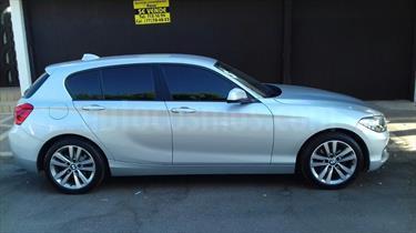 Foto venta Auto usado BMW Serie 1 5P 120iA (2017) color Plata Hielo precio $335,000
