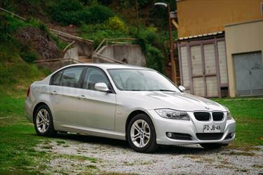 BMW Serie 3 316 i usado (2012) color Plata precio $9.200.000