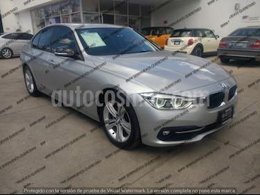 Foto venta Auto Seminuevo BMW Serie 3 320i Sport Line  (2017) color Plata precio $484,000