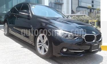 Foto venta Auto Usado BMW Serie 3 320iA Sport Line (2017) color Negro Zafiro precio $455,000