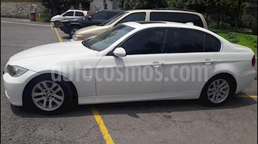 Foto venta Auto Seminuevo BMW Serie 3 325i Progressive (2006) color Blanco precio $125,000