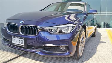 foto BMW Serie 3 330e Luxury Line (Hibrido) Aut
