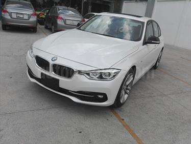 Foto BMW Serie 3 330i