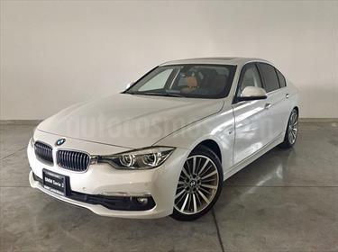 foto BMW Serie 3 330iA Luxury Line