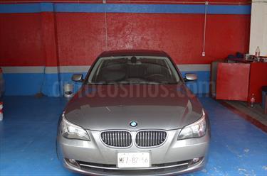 Foto venta Auto Seminuevo BMW Serie 5 530iA Lujo (2009) color Gris Space precio $190,000