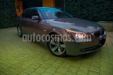 Foto venta Auto Usado BMW Serie 5 530iA Lujo (2010) color Gris Space precio $165,000