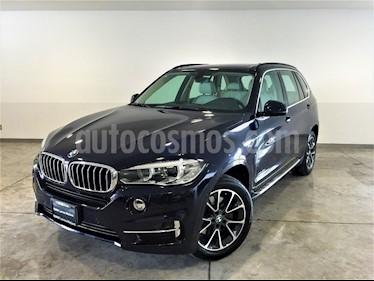 Foto venta Auto Usado BMW X5 xDrive 40e Excellence (Hibrido) (2017) color Azul Imperial precio $853,000