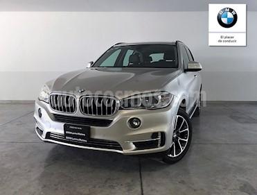Foto venta Auto Seminuevo BMW X5 xDrive35iA Excellence (2016) color Arena precio $673,000