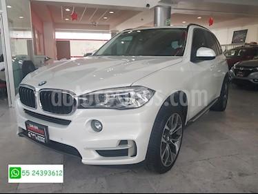 Foto venta Auto Seminuevo BMW X5 xDrive35iA Excellence (2015) color Blanco precio $615,000