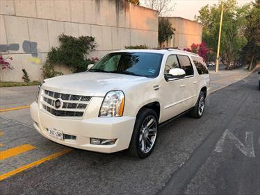 Foto venta Auto usado Cadillac Escalade ESV Platinum (2012) color Blanco Diamante precio $315,000