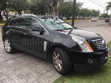 Foto venta Auto Seminuevo Cadillac SRX Premium (2014) color Negro precio $394,000