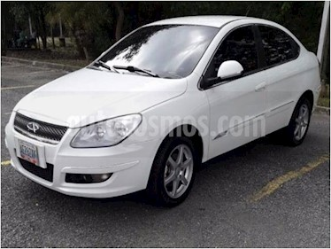 Foto venta carro usado Chery Orinoco 1.8L (2016) color Blanco precio BoF900.971.350