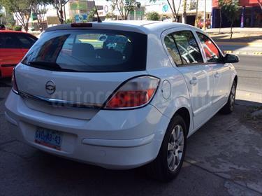 Foto venta Auto Seminuevo Chevrolet Astra 5P 1.8L Comfort D Aut (2007) color Blanco precio $80,000