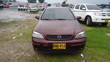 Foto Chevrolet Astra Sedan 2.0