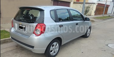 Foto venta Auto usado Chevrolet Aveo 1.4L Full Aut  (2013) color Plata precio u$s7,990