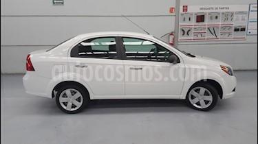 Foto venta Auto Seminuevo Chevrolet Aveo LT Aut (2016) color Blanco Alaska precio $110,000