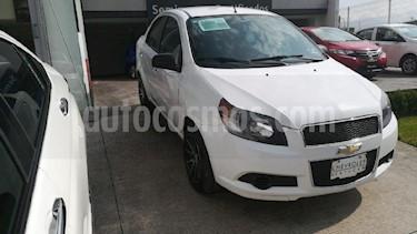 Foto venta Auto Usado Chevrolet Aveo LT Aut (2015) color Plata precio $130,000