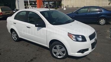 Foto venta Auto usado Chevrolet Aveo LT (2014) color Blanco precio $98,000