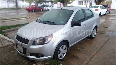 Foto venta Auto Seminuevo Chevrolet Aveo LT (2015) color Plata precio $115,000