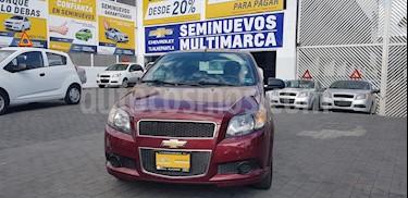 Foto venta Auto Seminuevo Chevrolet Aveo LT (2016) color Rojo Tinto precio $142,900