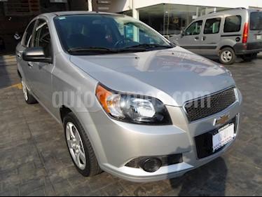 Foto venta Auto Seminuevo Chevrolet Aveo LT (2015) color Plata precio $133,000