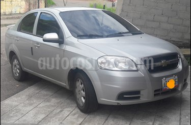 Foto venta carro Usado Chevrolet Aveo Sedan 1.6 AA Mec (2012) color Plata precio u$s3.600
