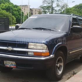 Chevrolet Blazer Auto. 4x2  usado (2001) color Azul precio u$s35.000