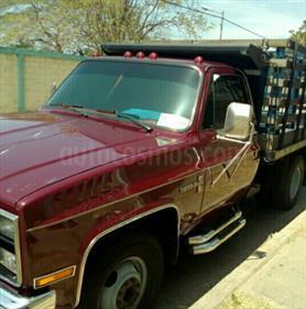 Foto venta carro usado Chevrolet C 31 Cheyenne V8 5.7 (1998) color Vino Tinto precio u$s3.200