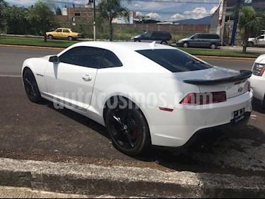 Foto venta Auto Seminuevo Chevrolet Camaro SS (2015) color Blanco precio $375,000