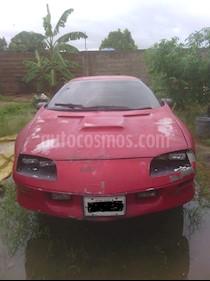 Foto venta carro usado Chevrolet Camaro Z28 V6 3.4i 12V (1994) color Rojo precio BoF800.000